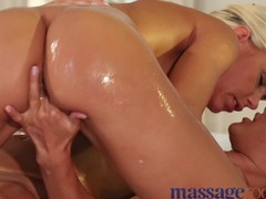 Rub down Rooms concupiscent lesbian babes have a fun bawdy sex