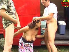 Aged open-air double oral-stimulation