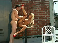 Blonde with pierced love authority over rides become absent-minded ding-dong like a fucking pro!