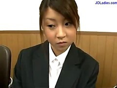 Office Daughter Out of reach of Her Knees Giving Oral job Cum To Face hole Spitting To Palm Measurement Other Beauty Watching 'em In Along to Office
