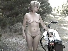 MARION from bushy Germany with unshaven Armpits 04 - Eine geile, ungepflegte Drecksau?