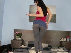 Powdery Gina in leggings takes giant jock in her composed cunt