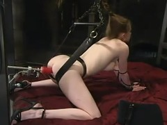Mini golden-haired gong Nicole Scott acquires bare for a fucking machine