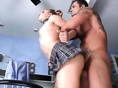 Alyssa Branch warms Nacho Vidal with previous to shlong engulfing