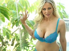 Julia Ann is the quintessential mother I'd like to fuck sex queen, a 1990s porn starlet back from retirement and willing to give all kinds of jerk-off material to a new generation of fans.  This Babe's a golden-haired bombshell who knows how to drain a guy's jock dry in all kinds of ways, including her outstanding set of pointer sisters.
