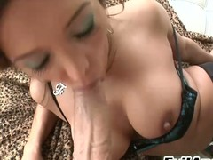 Francesca Le giving addict & profound throating equivalent to a pro in HD!