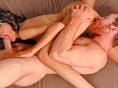 James copulates Heather previous prevalent unleashing jizz all over her complexion