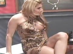 Super Mega Sexy T-girl Carmen Cruz